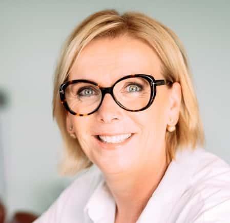 Angela van der Hout